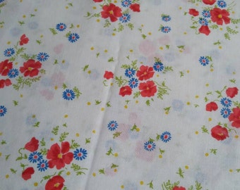 Pretty floral DBL flat bed sheet . spring summer , red blue yellow chintz , shabby chic , cottage charm , farmhouse style , crisp white