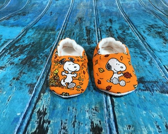 Snoopy Orange Baby Shoes, Booties, Crib Shoes, 6-9 months