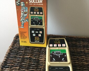 Vintage sears electronic team play soccer game, electronic soccer game, vintage Sears soccer game, 1970s with box