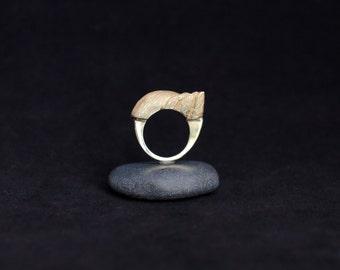 No. 3 : modern bronze ring
