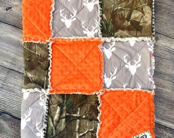 camo crib bedding, grey background, camo baby bedding, Camo Quilt, Buck Rag Quilt, Deer Quilt, Crib Quilt, camo quilt, hunting theme