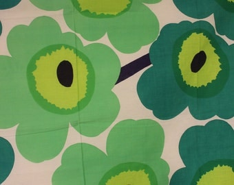 Early Maija Isola green Unikko fabric Marikangas Maritextil 1949