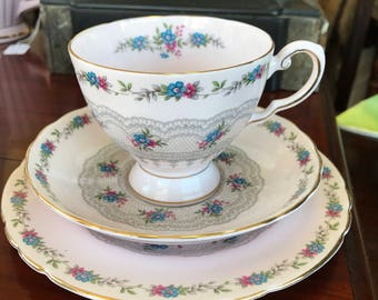 Tuscan fine English bone china trio Honiton