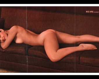 "Mature Playboy April 1964 : Playmate Centerfold Ashlyn Martin Gatefold 3 Page Spread Photo Wall Art Decor 11"" x 23"""
