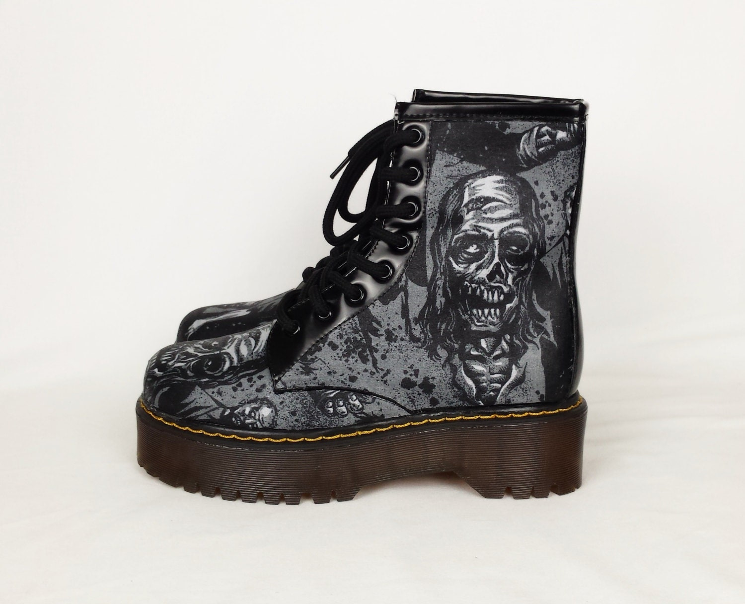 Walking dead converse shoes for sale -  Zoom