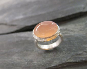 Pink Chalcedony ring sterling silver, handmade in France.