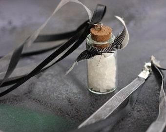 Supernatural rock salt necklace Black with plaid SPN