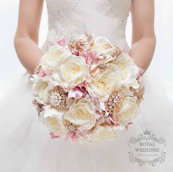 Bridal bouquet brooch bouquet vintage wedding bouquet ivory - Bouquet de rose artificielle ...