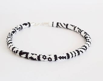 Beaded Necklace, Bead crochet rope, Beaded crochet necklace, black white necklace, beadwork necklace, choker, classic bead crochet