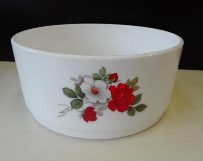 Arcopal, White and Red Rose, bowl, 21,5 centimeter