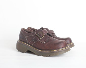 Women's Vintage Brown Leather  Dr. Martin Buckle Shoes UK6/US7