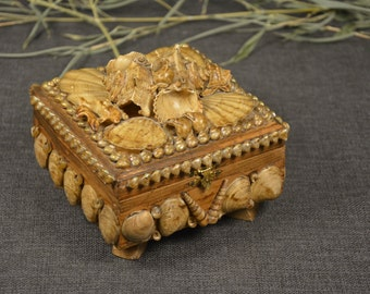 Sea Shell Jewlery Box Vintage rare sea box Handmade from mussels and sea snails Exquisitely encrusted seashell box