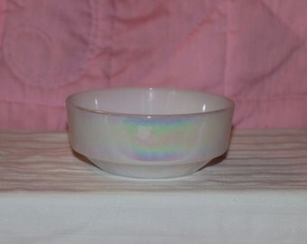 Vintage Federal Glass Moonglow Iridescent Milk Glass Cereal Bowl