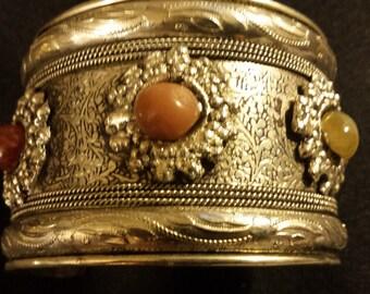 Vintage Bracelet with semi precious stone