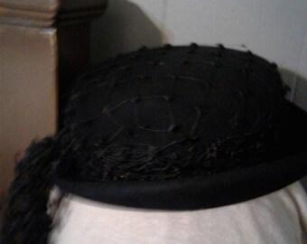 Vintage pillbox hat