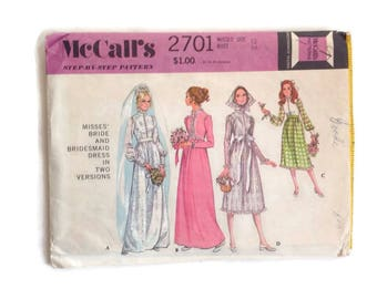 Vintage 70's Wedding Bridal McCall's Sewing Pattern 1970's Bride Dress, Bridesmaids, Misses Size 12 Bust 34 Uncut Factory Folds 70's Dress