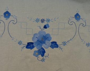 Vintage Hand Embroidered Floral Applique Cotton Tablecloth and Napkins