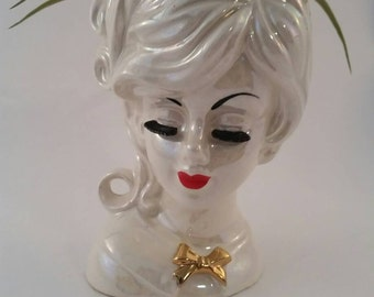 Vintage Lady Head Vase rare Opalescent Creamy Carnival Colour, made in Japan.
