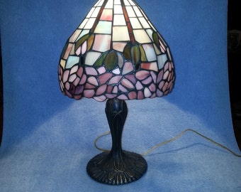 Stained Glass Lamp - Table Lamp - Floral Motif - Wisteria Pattern