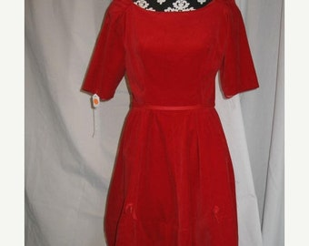 On Sale 1950s Velvet Christmas Holiday Party Dress