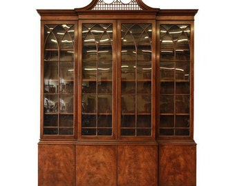 Baker Furniture English Mahogany Breakfront / 1940s Breakfront Bookcase