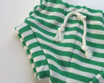 Shorties, Bummies, Kelly Green Stripe, Sweatshorts, shorts, baby girl shorts, baby boy shorts, diaper cover, coming home outfit