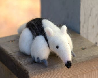 Felted Anteater-Needle Felted Anteater-Miniature Anteater-Anteater gift-Plush Anteater-Anteater Doll-Anteater home decor