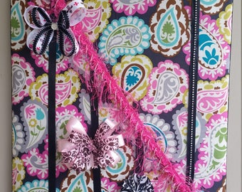 Upholstered Paisley Hair Accessory Board
