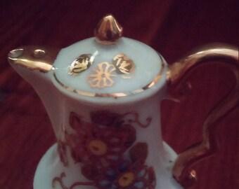 Occupied Japan Miniature Teapot Salt Shaker