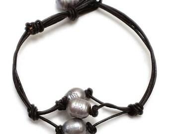 Grey Freshwater Pearl Cord Bracelett