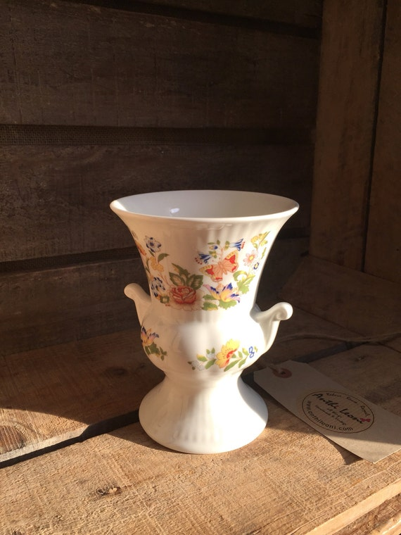 Small Vintage Vase - Aynsley Fine Bone China Cottage Garden - Portrayal of the Flora of an English Garden - Bud Vase - Single Flower Pot