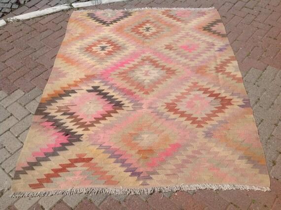 Diamond design rug, kilim rug, Vintage Turkish rug, rugs,  area rug, bohemian rug, eccentric rug, kelim, kilim, pink kilim, flat weave,