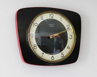 Formica clock