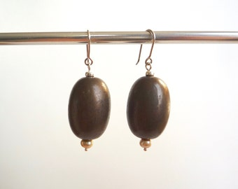Large brown oval lucite earrings with solid sterling silver wires and tiny freshwater pearls, Vintage acrylic bead drop earrings