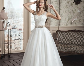 Buy Online Glamorous, Romantic, White/Ivory Wedding Dress with Straps, Princess Ball GOWN A line, Bridal Dress