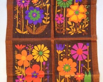Tea Towel Linen  /kitchen dish towel / vintage / retro / flowers / brown