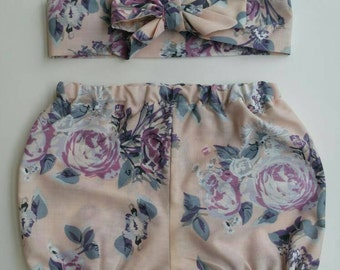 Baby bloomers with matching head wrap. Pastel floral design.  Size 3-6 months