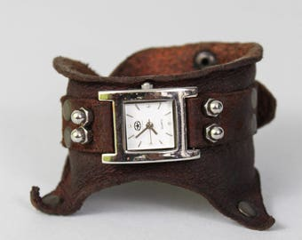 Steampunk Watch - Leather Watch  - Leather Wrist Watch - Post Apocalyptic Watch - Womens Watch - Leather Cuff - Bracelet Watch