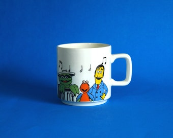 Crown Lynn Sesame Street Character Mug - Big Bird Oscar The Grouch Guy Smiley Betty Lou 1981 Muppets Musical Cup - Made in New Zealand