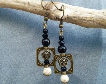 Square bronze square pendant earrings