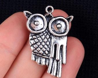 Owl Charm, Antique Silver Tone (1M-132)