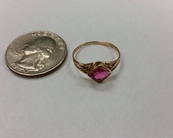 Vintage 10k rose gold pink stone ring baer
