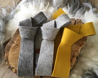 Tie of woolfelt STRIK