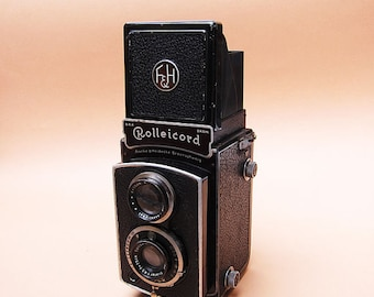 Rolleicord 2 Twin Lens Reflex Camera - 1937 Vintage - 120 Film Square Format An Exquisite Camera