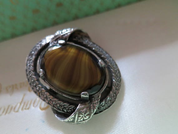 Beautiful vintage pewter olive green banded glass brooch