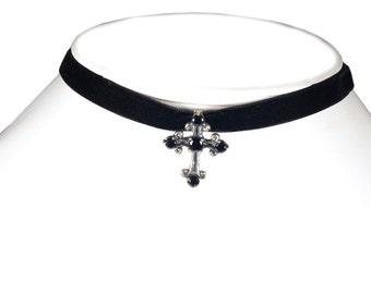 Choker Gothic - cross in Silver 925