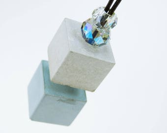 Cube necklace with clear beads - blue concrete concrete jewelry unique on a black leather strap jewelry concrete cube blue grey concrete jewelry