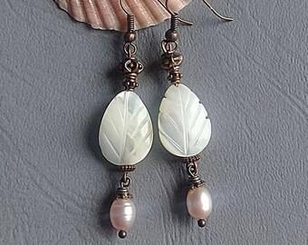 Mother of Pearl Leaf Earrings White Earrings dangle long earrings Pearl Wedding earrings Boho Earrings Natural Shell jewelry Bridesmaid Gift