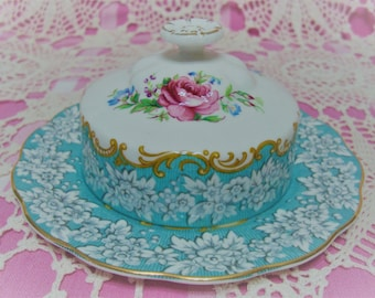 Beautiful Vintage Royal Albert ENCHANTMENT Covered butter dish.
