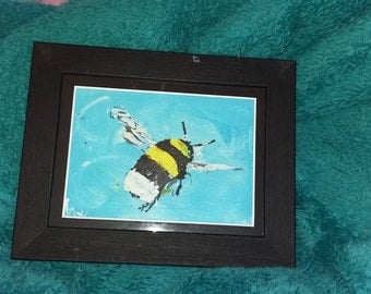 Going round in circles // little bee // bee painting  // insect art // Framed original artwork  // honey bee //